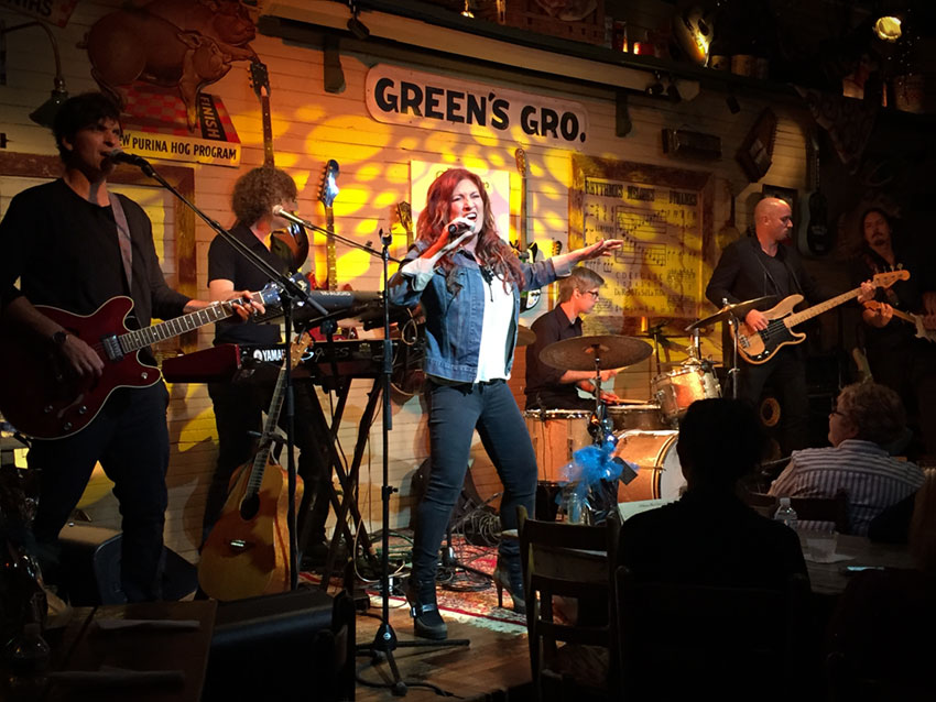 "Jo Dee Messina Lends Her Hand and Voice To Those ""Closer To Home"" · NashvilleGab"